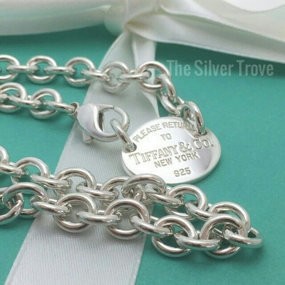 cafcf154ee722 Return To Tiffany 925 Silver Oval Tag Necklace. M 5c759a13194dadda14c081c7